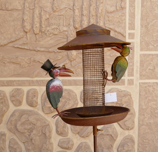 Vogeltränke zum Hängen rost braun Metall Handarbeit Landhaus Shabby Vintage